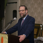 Leon Speaks at Shalom Torah Centers Event