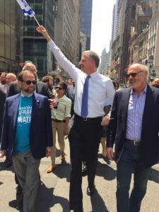Leon Goldenberg with New York City Mayor, Bill DeBlasio